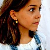 ¡Ideales nuestros aritos y colgantes para niñas este verano! #bevarac