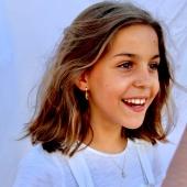 ¡Uno de nuestros Aros y colgantes más veraniegos! Ideales también para niñas 🐣 #bevarac